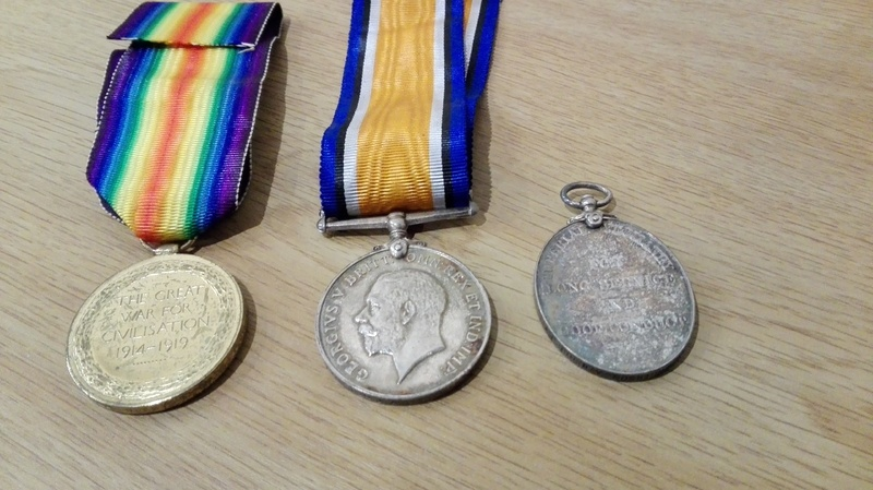 Object_45or84_WW1Medals_2.jpg