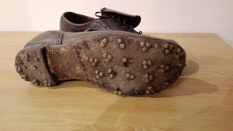 Object_250_Shoes_2.jpg