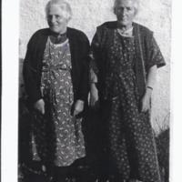 Miss Kelly & Mrs McLellan – 1937, Burnfoot Cottage