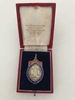 RMC_14a Long service Medal Robbie Murray 30 years.jpg