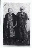 Miss Kelly & Mrs McLellan – 1937, Burnfoot Cottage